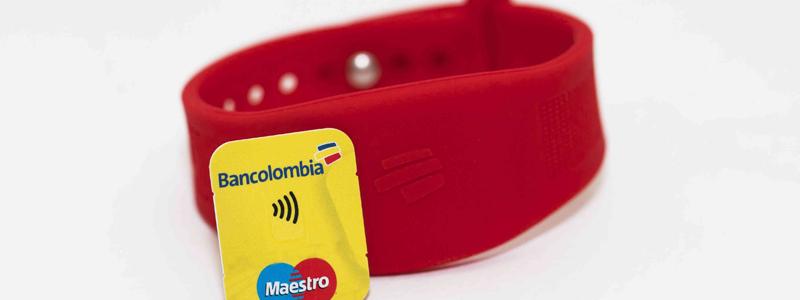 ¿Adiós al efectivo? Bancolombia estrena nueva manilla de pagos sin contacto